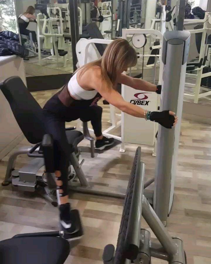 Leg bomb workout!
