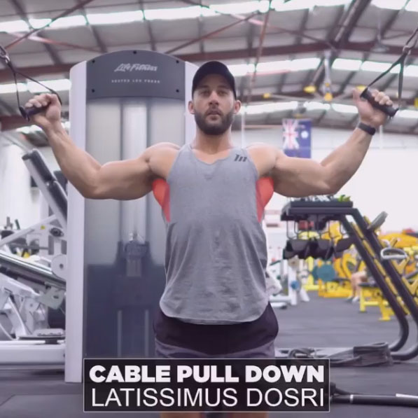 HOW TO KNEELING CABLE LAT PULLDOWN